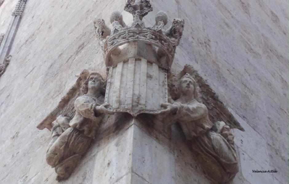 Lonja de la Seda Iconografía y simbología