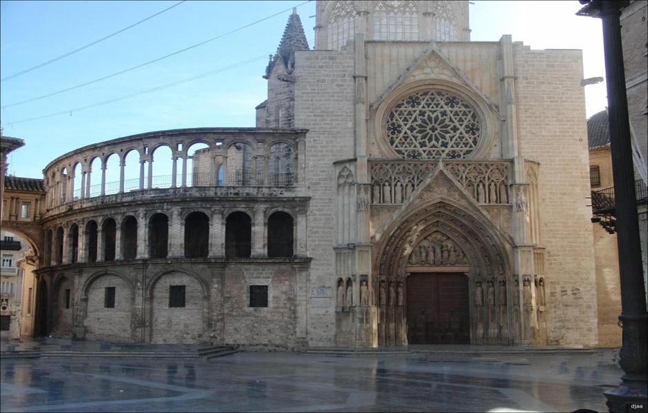 Puerta de los Apóstoles
