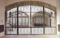 Palacio de los Condes de Oliva Puerta patio descubierto y cancela 940x600