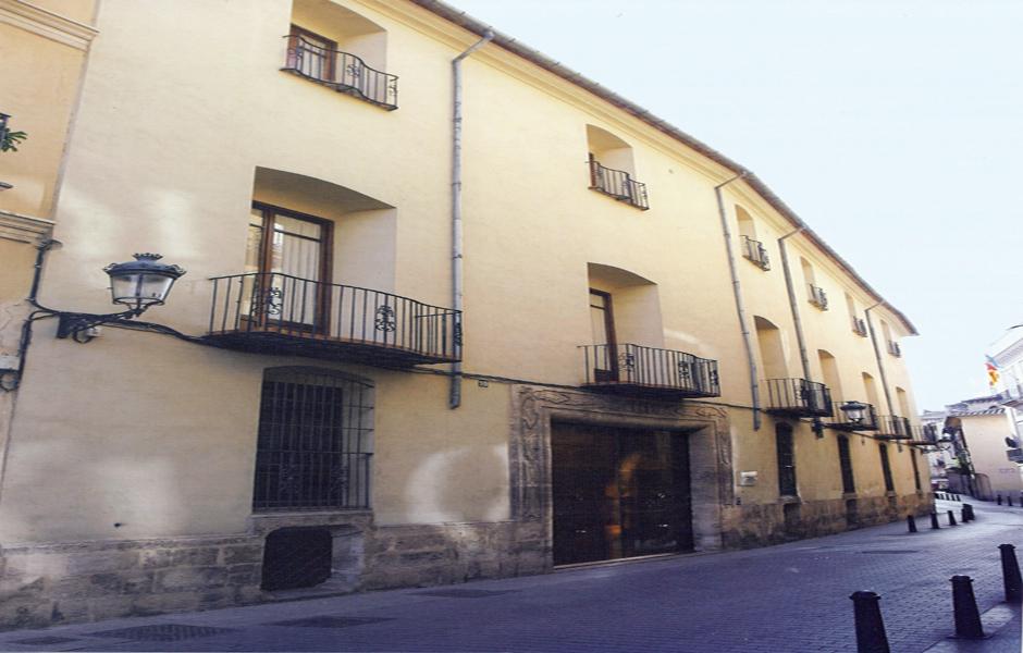 Casa de los Condes de Almenara