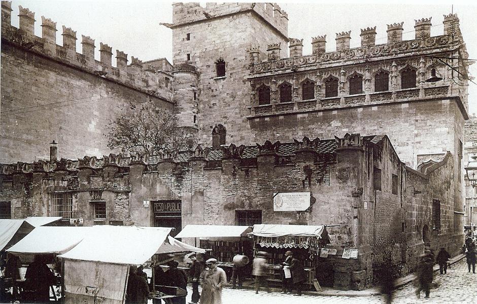 Lonja de la Seda en el contexto histórico
